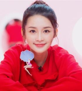笑容甜美的美女明星李沁头像图片大全