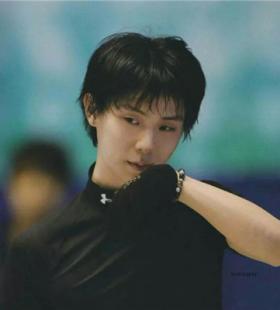 日本著名花滑选手羽生结弦帅气运动头像图片