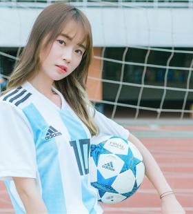 阿根廷足球宝贝,逆天长腿清纯可人