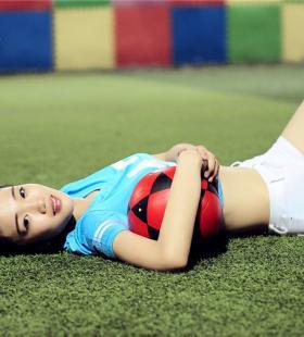 足球宝贝写真,清新可人