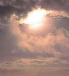 高清唯美手机风景壁纸清新图片海上天空