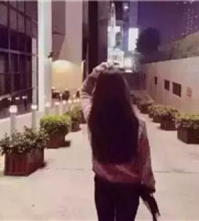 QQ背影女生头像大全12月最火的女生头像