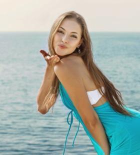乌克兰海滩美女性感写真图片大全
