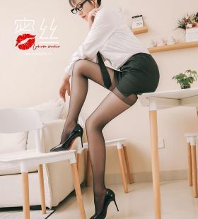 黑丝美腿美女幻雪儿制服诱惑长腿诱人唯美艺术写真
