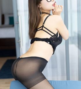 性感翘臀美女筱慧Icon黑丝美臀脱裤子诱惑高清写真