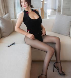性感巨乳美女潘琳琳翘臀诱惑写真