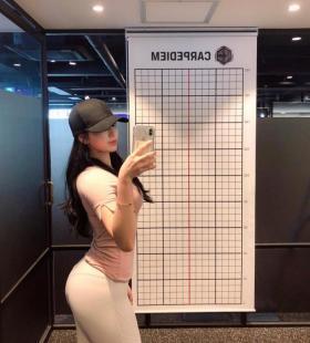 韩国健身美女1004lmr巨乳身材勾人欲火销魂诱惑自拍照