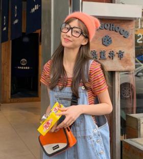 超好看的清纯可爱少女时尚休闲街拍养眼迷人写真图片手机壁纸