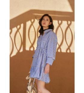 陈钰琪条纹衬衫裙气质高清写真