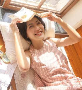 日本销魂少女撩人姿态挑逗你的极限写真图片
