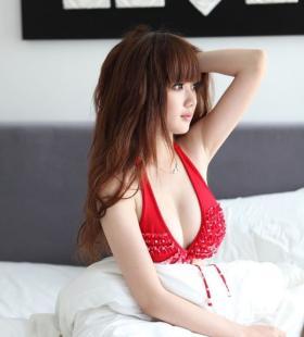 红色比基尼美女嫩模酥胸诱惑写真图片