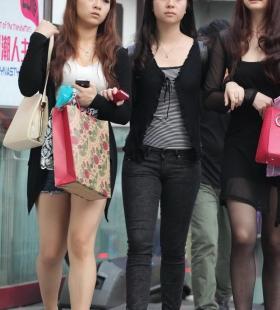 时尚靓女高清街拍写真图片