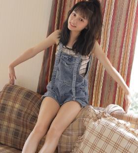 长相清纯的美女晓茜sunny气质可人私房写真图片