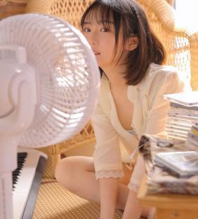 清纯美少女程彤颜夏日清凉唯美手机壁纸图片