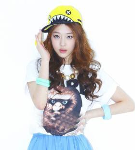韩国美女明星崔雪莉高清壁纸图片