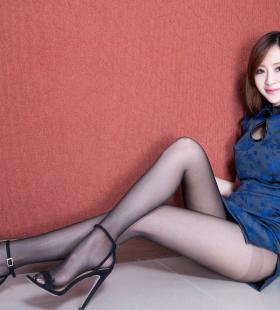长腿旗袍美女Lucy高开叉黑丝美腿高跟写真图片