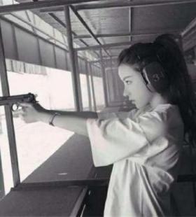女生头像图片霸气超拽好看,QQ女头像图片冷酷霸气图片