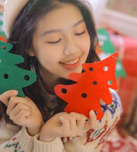 白丝美女清纯可爱圣诞节主题私房诱人图片大全