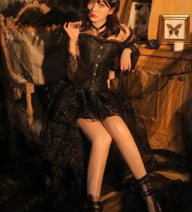 黑纱美女细长美腿性感万圣节cos写真图片