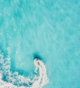 碧蓝大海超美风景高清手机壁纸图片