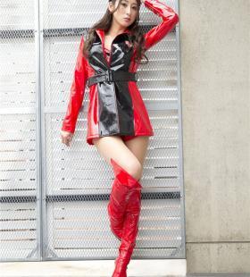 日本赛车美女佐藤衣里子写真图片