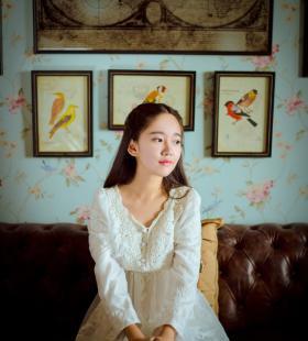 仙女般清纯美女的唯美高清私房写真图片