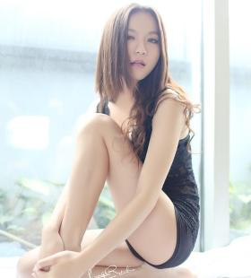 性感美女模特黑丝内衣惹火撩人私房高清写真图片大全