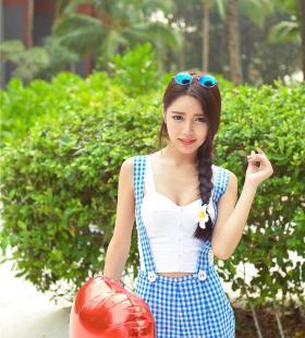 可爱巨乳少女徐妍馨唯美性感街拍图片大全