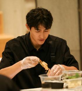 李子峰《中餐厅第四季》第九期剧照图片