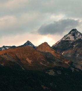 壮丽绝美大自然山峰峡谷唯美风景壁纸图片