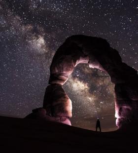深夜星空唯美夜景超好看桌面壁纸大全图片