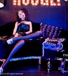 超美性感黑丝巨乳美女长腿极致诱惑写真图片