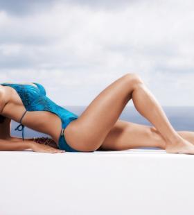 身材超好的泳衣美女性感迷人写真图片