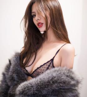 性感美女前凸后翘极致诱惑写真尤物壁纸大全