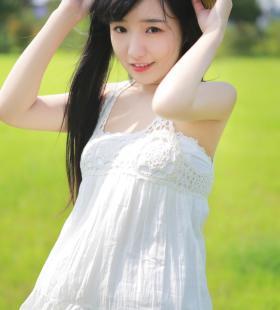 日系超美清纯少女唯美写真壁纸图片
