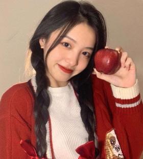 红衣女生超美小清新QQ高清真人头像